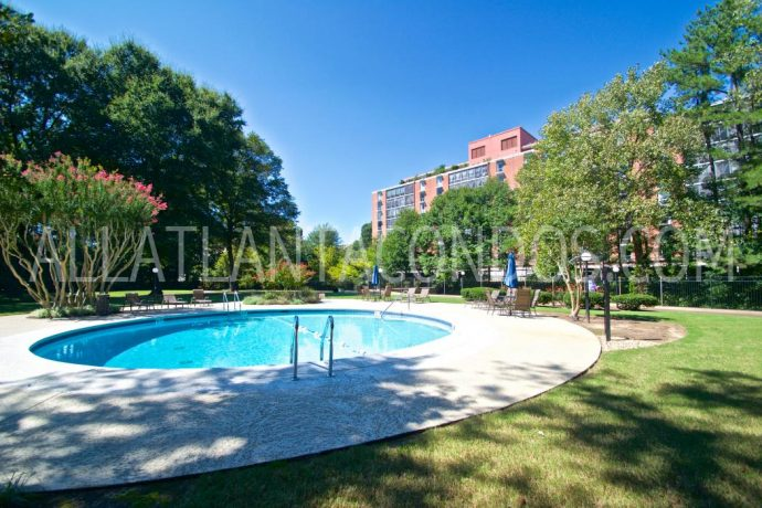 Pool Area At Brookwood Park Atlanta Highrise Condos